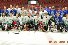 2015-2016-Paul-Nelson-Memorial-Hockey-Game.-Postgame-Group-Picture