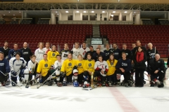 2013-2014-Paul-Nelson-Memorial-Hockey-Game.Faculty-and-4th-year-team-with-Nelson-family